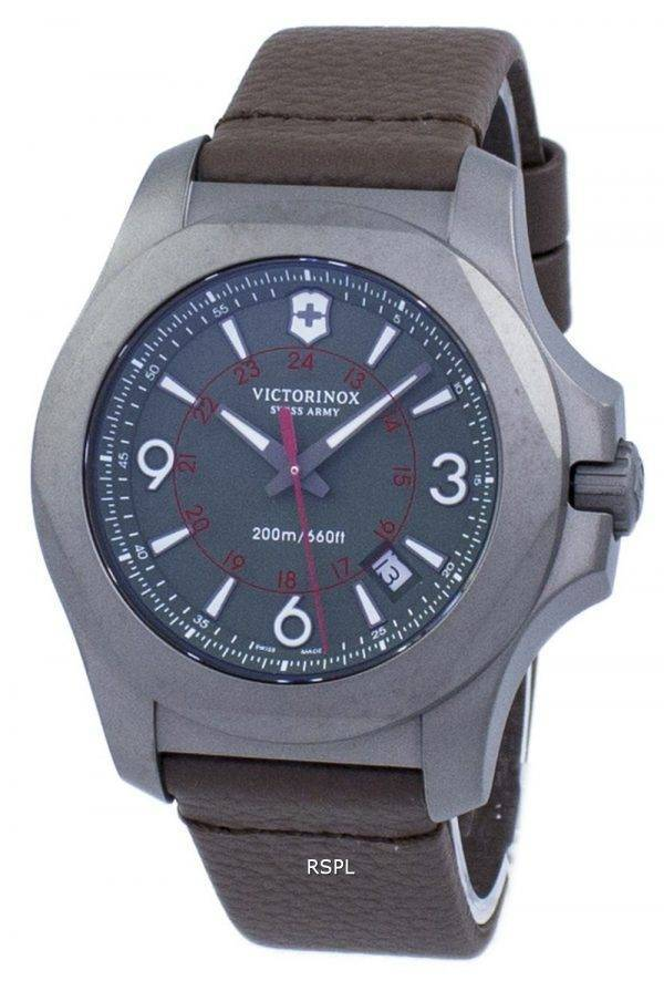 Victorinox I.N.O.X. titane Swiss Army Quartz 200M 241779 montre homme